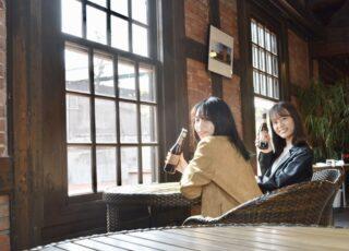 魅力その10 カフェ&ビアホール Re-BRICK (半田赤レンガ建物内)で明治と大正の生カブトビール飲み比べができます